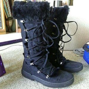 Splash lace up fur trim boots black size